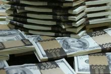 Dünyanın yarısından daha zengin 62 insan!