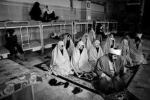 İranlı kadın mahkumlar işte böyle görüntülendi...