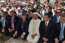 Erdoğan'ın namazlarda yaptığı işaretin sırrı