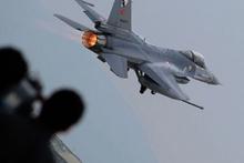 Jetler Lice'de PKK'ya bomba yağdırdı