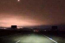 Rusya'da meteor paniği! Gece bir anda aydınlandı