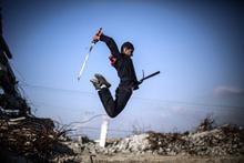 Gazzeli gençlerden inanılmaz gösteri!