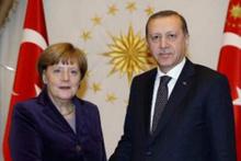 Merkel Erdoğan'a:  Siz yazabiliyor musunuz?