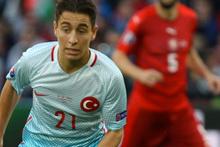 Emre Mor hangi Türk takımını tutuyor aslen nereli?