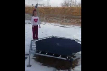 Donmuş tramboline atlayınca...
