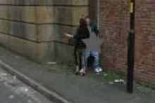 Google kamerası sokakta çok pis yakaladı
