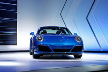 En yeni otomobil modelleri LA Otomobil Fuarı