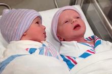 Yeni doğan ikizlerin kurdukları telepati