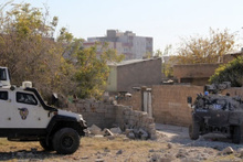 Nusaybin'de şiddetli çatışmalar kamerada