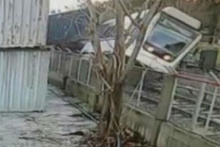 İzmir'de metro kazası güvenlik kamerasında
