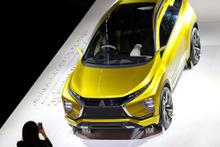 Geleceğin otomobilleri Paris'te tanıtıldı