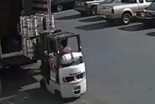 Böyle usta şoför görmediniz!