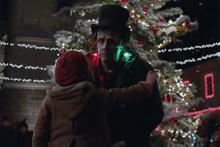 Apple'dan Frankenstein'lı Noel reklamı