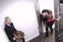 Tuvaleti kullanan insanlara bol çığlıklı sürpriz!