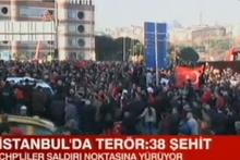 Saldırı noktasında büyük kalabalık