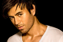 14 Şubat Sevgililer Günü - Enrique Iglesias (Hero)