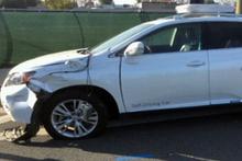 Google'ın sürücüsüz arabasının kaza görüntüleri ortaya çıktı!