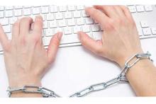 Sosyal medyada politikacıları eleştirmek suç mudur?