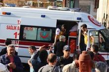 Vali Münir Karaloğlu: 'Saldırıyı bir kadın terörist gerçekleştirdi'