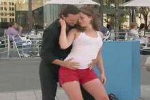 Sevgilisini bu halde görünce... Seksi dans çılgına çevirdi