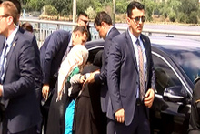 Erdoğan'ın aracının önüne bir anda fırlayınca
