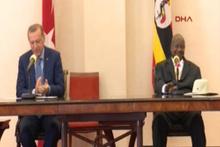Erdoğan ve Museveni'nin toplantısında renkli dakikalar