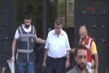 Zaman Gazetesi yazarı Şahin Alpay gözaltında!