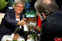 Ahmet Hakan'dan Canan Karatay'a lahmacun sürprizi