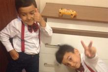 Çöken binanın ayırdığı ikizlerin son anları kameraya yansıdı