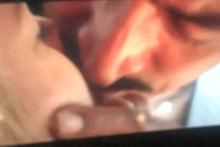 Kenan'la Meryem'in ateşli öpüşmesi geceye damga vurdu