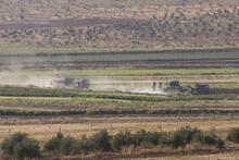 Obüs, zırhlı vinç ve askeri araçlar sınır hattına konuşlandırıldı