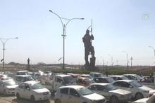 Kerkük savaşında son durum! Peymerge heykelinden IKBY bayrağı indirildi!