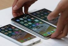 5549 liralık iPhone 8 için sıraya girdiler