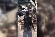 Çalıntı otomobili parçalarken yakalandılar