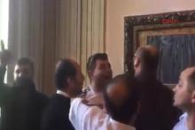 'Kapı Çalana Açılır' Sergisine Saldırı
