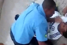 Polis, dövüştüğü genç ölünce böyle kaçtı!
