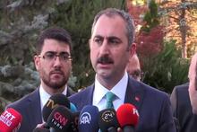 Adalet Bakanı Gül: 'Tahliyeler böyle gerçekleşti diye iddiaların kabulü asla mümkün değildir'
