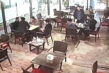 Irak'taki deprem anı güvenlik kamerasında