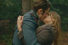Vatanım Sensin'e Leon ve Hilal'in öpüşme sahnesi damga vurdu!