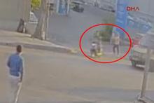 Genç kadına cadde ortasında şok... Satırlı, biber gazlı gaspçılar yakalandı