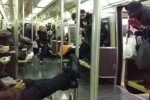 Metro'ya Fare Girerse
