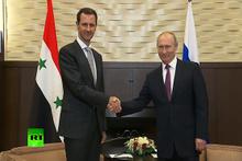 Putin yarınki üçlü zirve öncesi Soçi'de Esad'la görüştü