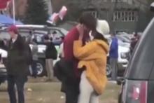 Obama'nın Kızı, sevgilisiyle dudak dudağa yakalandı