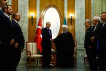 Cumhurbaşkanı Erdoğan, İran Cumhurbaşkanı Ruhani ile görüştü