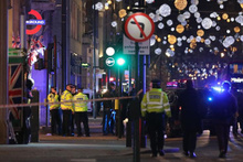 Londra metrosunda panik anları: Silah sesleri duyuldu!