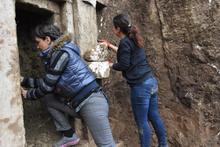 Antalya'da yerin 4 metre altından çıktı arazi sahibi şaşkın