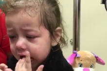 İlk defa görebilen kızın duygulandıran anları