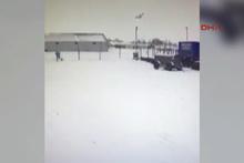 Rusya'da uçağın düşme anları böyle görüntülendi