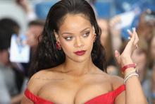 Dünya bu haberi konuşuyor Rihanna evleniyor mu?