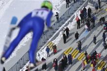 Kayakla atlamada Fransız Romane altın madalya kazandı